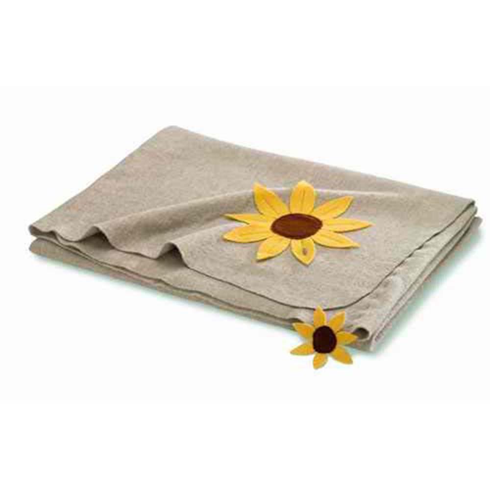 steiner decken aus reiner merinowolle decke lara beige 140x190cm aus 100 merinowolle. Black Bedroom Furniture Sets. Home Design Ideas
